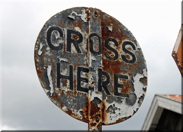 cross_here